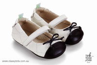 Tip Toey Joey Baby Shoes - KNOTTY Tapioca / Black Toscana Mary Jane Style All leather soft and comfortable