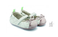 Tip Toey Joey Baby Shoes - KNOTTY Tapioca / Patent Candy Floss Soft, comfortable and easy to get on.