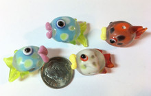 4 Lampwork Glass Multi Color Tropical Puffy Fish Bead Mix ~ 23x17mm  *