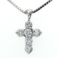 .64ct GVS2 Diamond Cross in 14kt White Gold