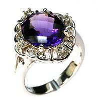 14kt White Gold Amethyst Diamond Ring