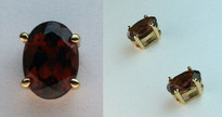 1.8ct Garnet Earrings set in 14kt Yellow Gold