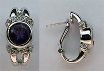 Round Amethyst Earrings in 14kt White Gold with Dia