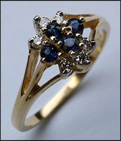 10 Stone Cluster Sapphire & Diamond Ring - 14kt