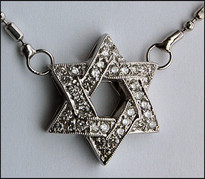 Diamond Jewish Star  with Chain in 14kt