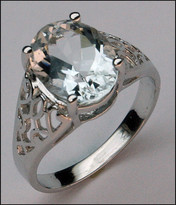 Aquamarine Ring in 14kt White Gold with Filigree Design