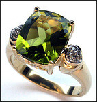 14kt Yellow Gold Peridot Ring with Diamonds
