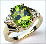Peridot Ring with 6 Diamonds, 3.14ct Peridot