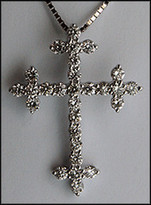 1.01ct Diamond Cross in 18kt White Gold