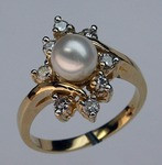 6mm Cultured Pearl and Diamond Ring