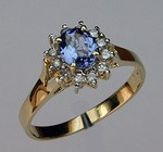 Tanzanite Ring set in Yellow Gold with Diamonds