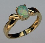 14kt Gold Opal Ring