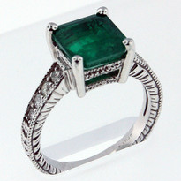 2.85ct Emerald White Gold Ring