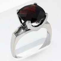 5.50ct Garnet White Gold Ring