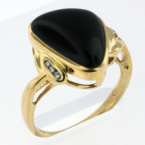 4.1ct Onyx Ring Yellow Gold