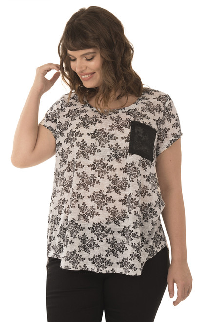 Plus Size High Low Pocket Tee In Antique White