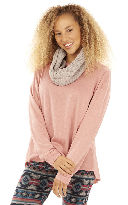 Fleece Pullover with Sherpa Scarf In Rose
