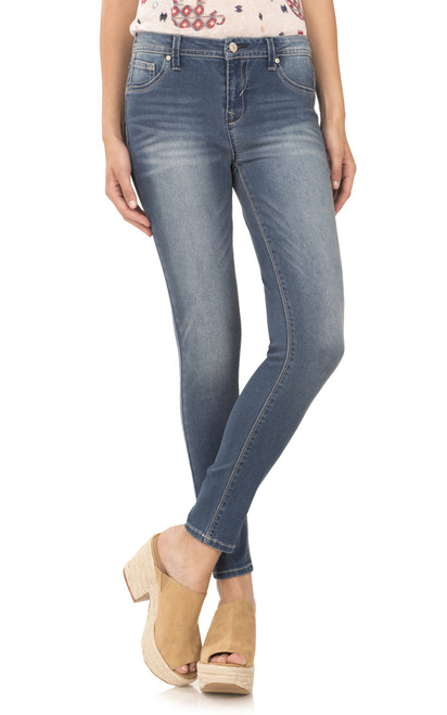 Sassy High Rise Skinny Jegging In Meg