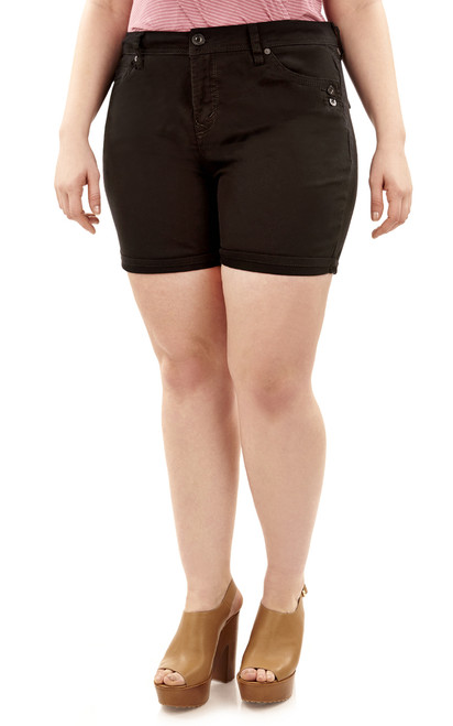 Plus Size Mid-Thigh Shorts with Single Roll Cuff In Black