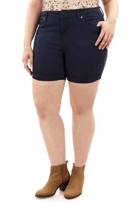 Plus Size Mid-Thigh Shorts with Single Roll Cuff In Navy