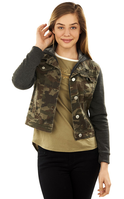 Camo Woobie Ultility Jacket In Green Camo