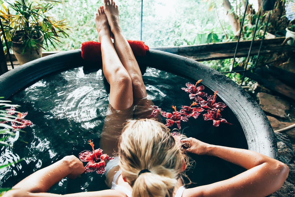 7 Reasons You Should Take A Bath Tonight