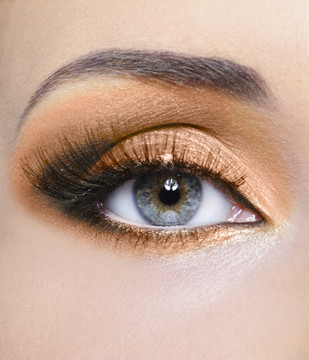 Sheer Miracle Pure Mineral Eye Shadow in Beige