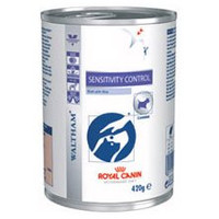 Royal Canin Canine Sensitivity Control Chicken Wet Dog Food - 12 x 420G