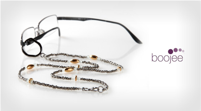 3 Reasons We Love Eyeglass Jewelry