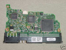 HITACHI IC35L060AVV207-0 MLC:H69404 P/N:07N9673 40GB PCB 250577383800