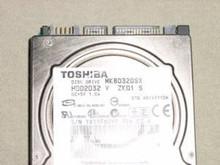 TOSHIBA MK8032GSX, HDD2D32 V ZK01 S, 80GB, SATA 190412363131