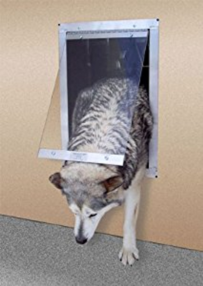 Gun Dog House Door® - Easy Big Dog Door®