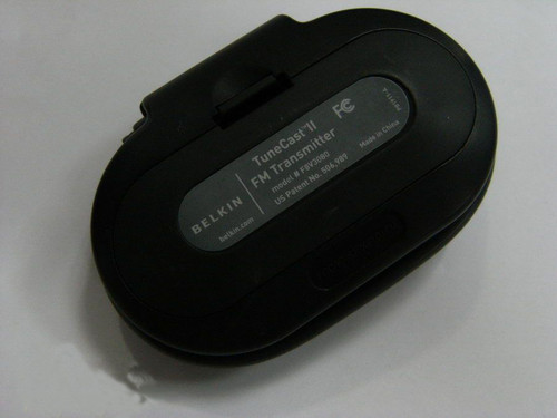 Belkin TuneCast II FM Mobile Transmitter for MP3 Players, iPods & iPhones in Black - F8V3080