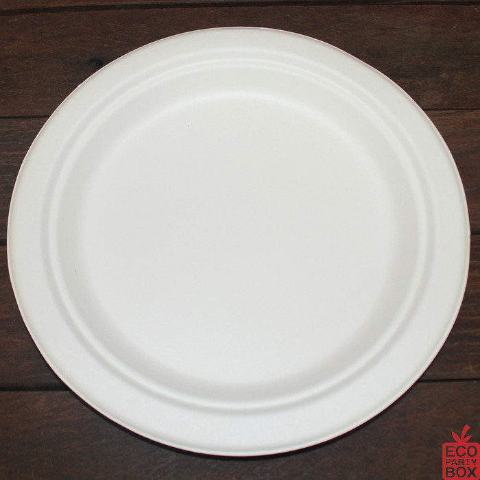 Our 225mm White Sugarcane Round Plates (large) are great for standard meals.