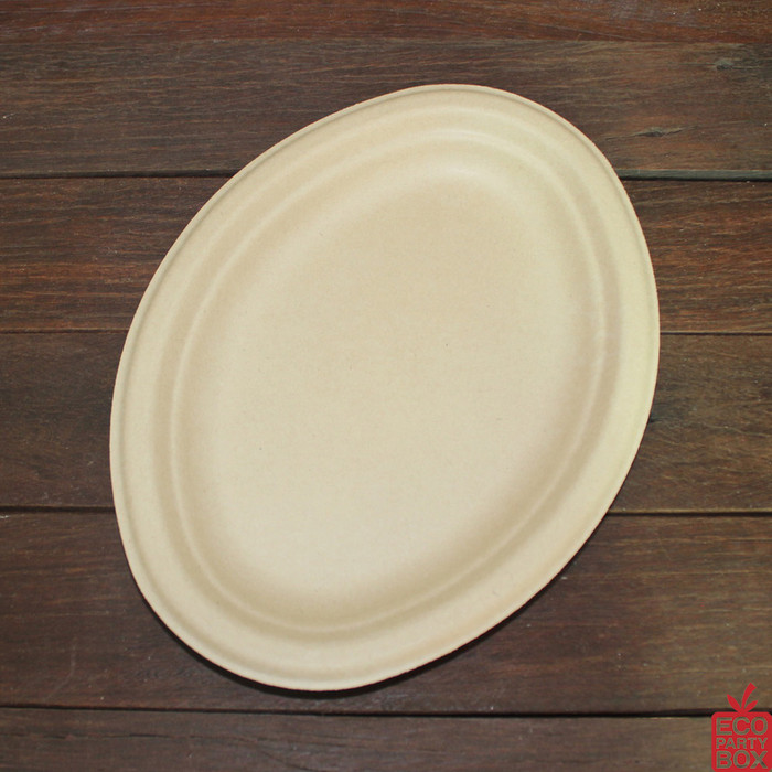 Our 260x196mm Oval Natural Bamboo Pulp Plates (medium) are great for smaller meals. Unbleached and made from bamboo pulp. They have a beautiful natural colour and texture.