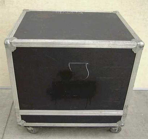 Generic 31w25d32h  ATA Flight/Road Case with Casters