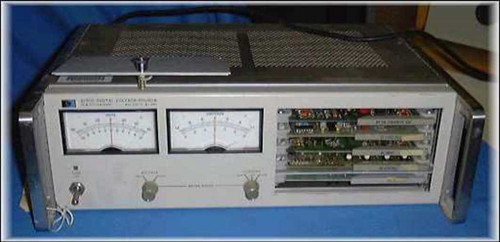 HP 6130C/Opt J99  DC Power Supply and Digital Voltage Source.