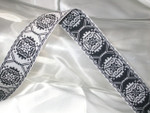 "Jacquard Ribbon 1 1/16"" Black & White"