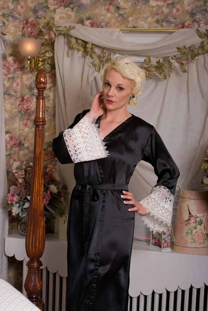 Black Silk Lace Bridesmaids Robe