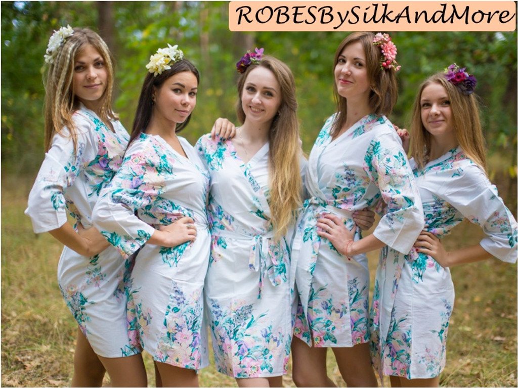 White Blooming Flowers pattered Robes for bridesmaids   Getting Ready Bridal Robes