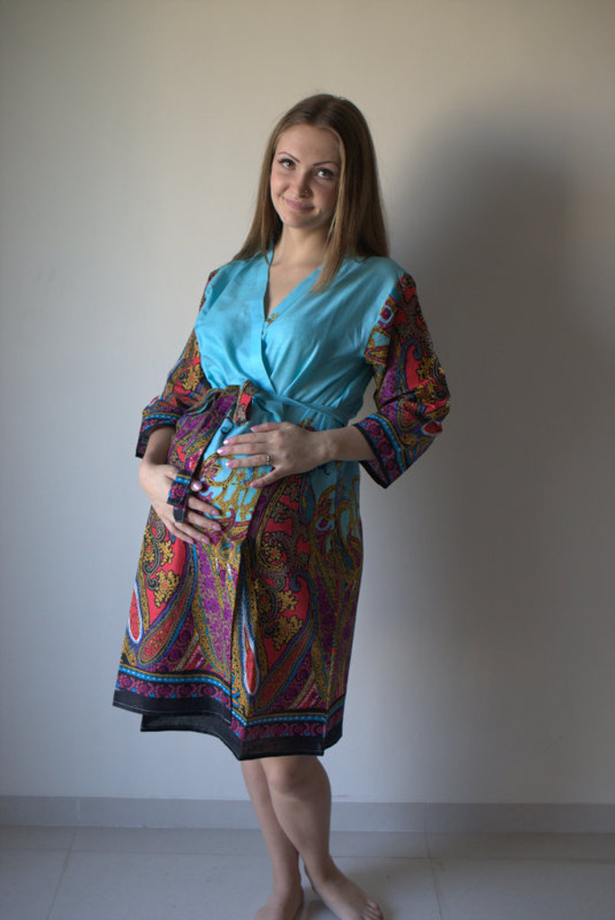 Cheerful Paisleys Maternity Robe