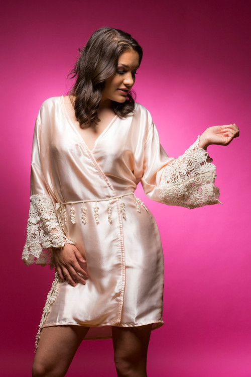 Light Peach Silk Lace Bridesmaids Robe