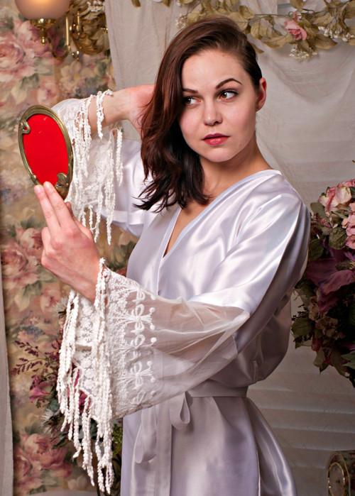 White Silk Lace Tassels Bridal Robe