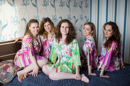 Pink Floral Watercolor Painting Robes for bridesmaids | Getting Ready Bridal Robes
