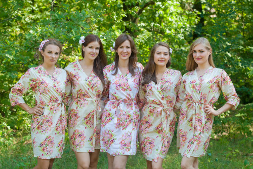 Cream Floral Posy Robes for bridesmaids | Getting Ready Bridal Robes