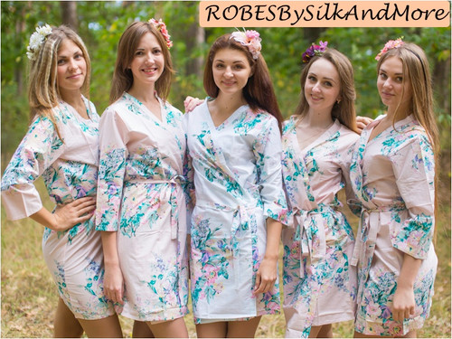 Antique Pink Blooming Flowers pattered Robes for bridesmaids | Getting Ready Bridal Robes
