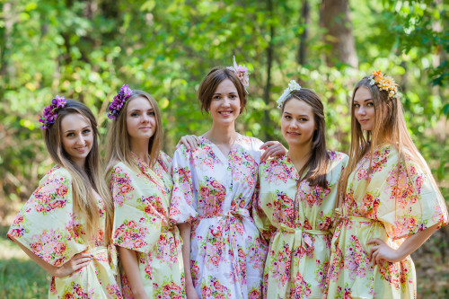 Best of both the worlds Style Kaftans for bridesmaids to get ready in
