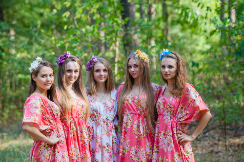 Side Strings Sweet Style Kaftans for bridesmaids to get ready in