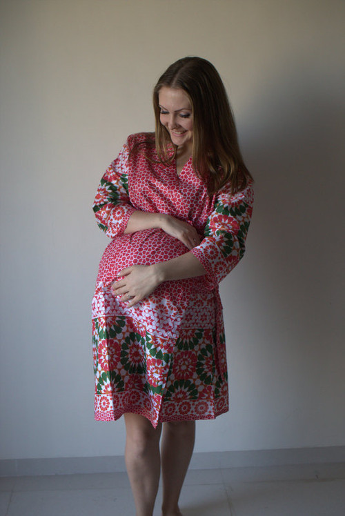 Round and Round Maternity Robe