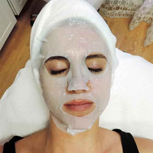Brightening Collagen Facial Blanket